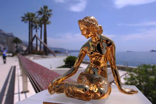 "La statuette ""Nymphes d'Or""."