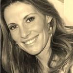 La célèbre Miss France Sophie Thalmann dit tout à Stars-media : Ses souvenirs de Miss, sa vie de maman et sa carrière d'animatrice.
