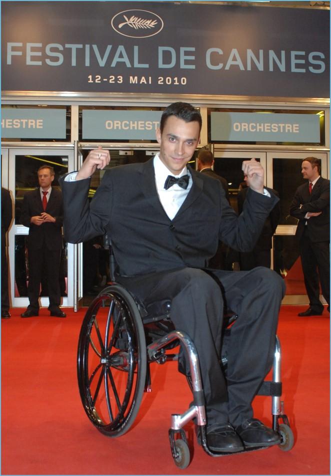 Alexandre Bodard Pinto lors de sa Montée des marches au Palais des Festivals à Cannes