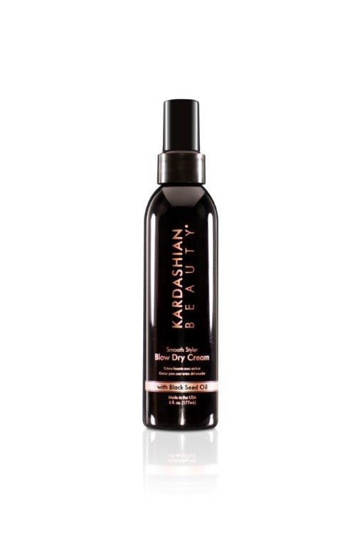 Crème pour le Brushing Kardashian Beauty chez Marionnaud