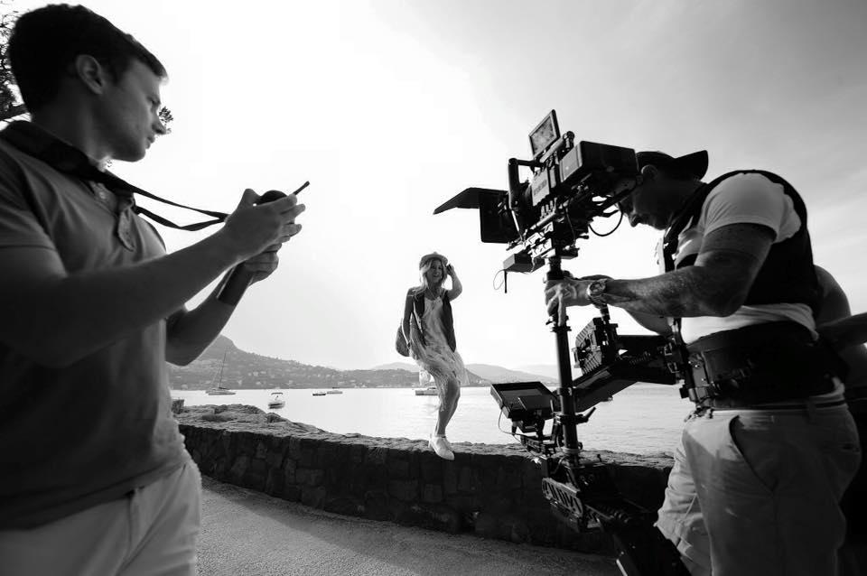 """Joyy sur le tournage de son dernier clip """"Parti Party"""". Crédit photo : © Gil Lanzi"""