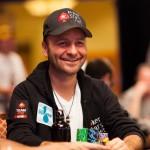 Le champion de poker Daniel Negreanu prête son image à la PETA pour la cause végane