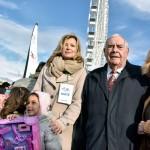 Marcel Campion et le Secours populaire s'unissent pour offrir des cadeaux de Noël aux  enfants.