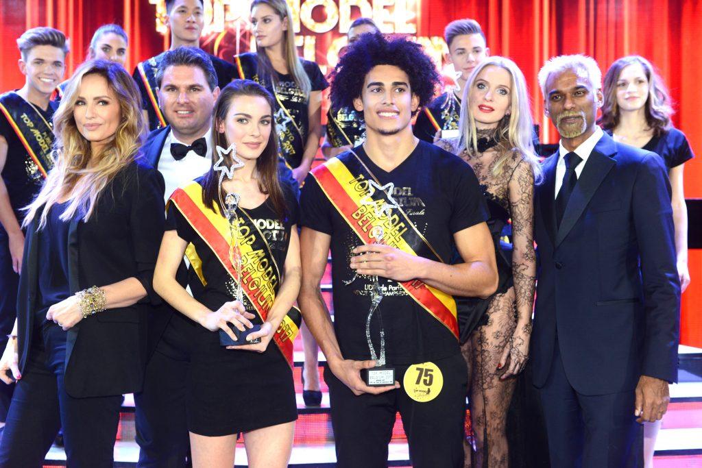 Au centre, les deux gagnants de cette édition : Manon Louvrier et Garcia Gavin,