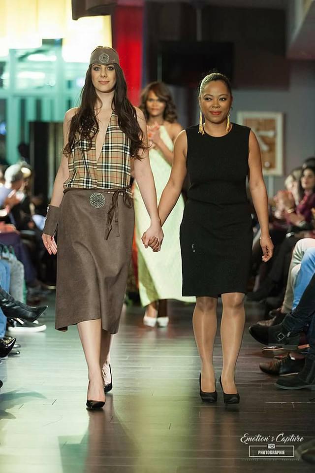 La créatrice Fanja Ralalatiana et son mannequin Florence Pré