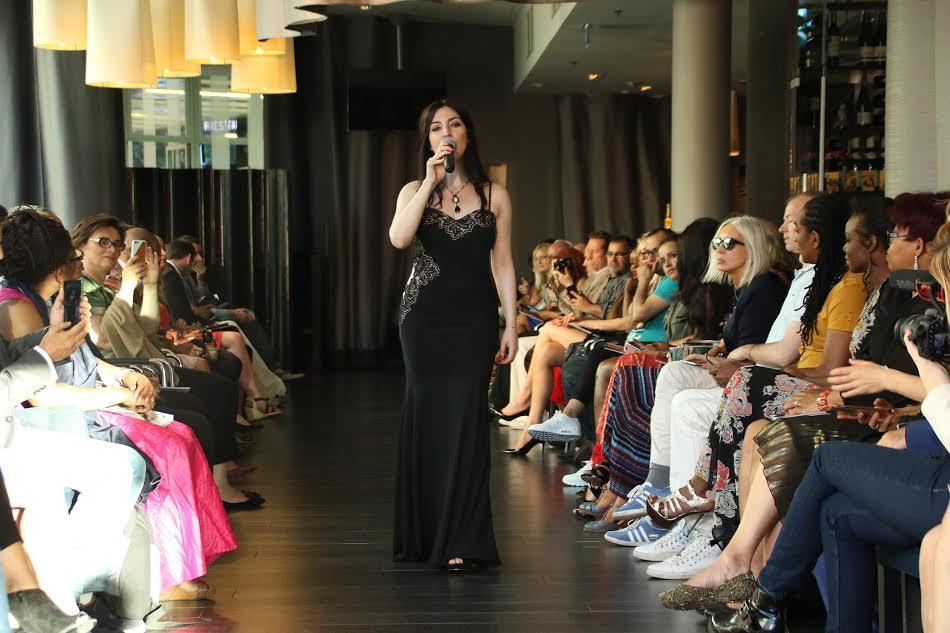 Aurélia Khazan, lors de la Fashion Glam Couture