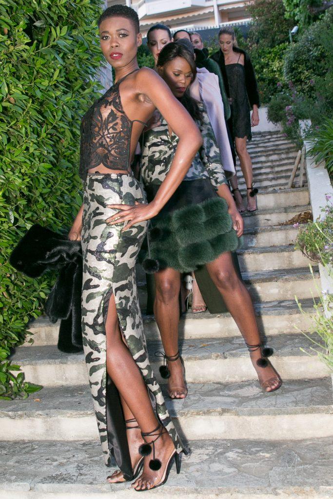 Les mannequins de Dorota prêts à défiler à la Villa Fashion Glam Couture.
