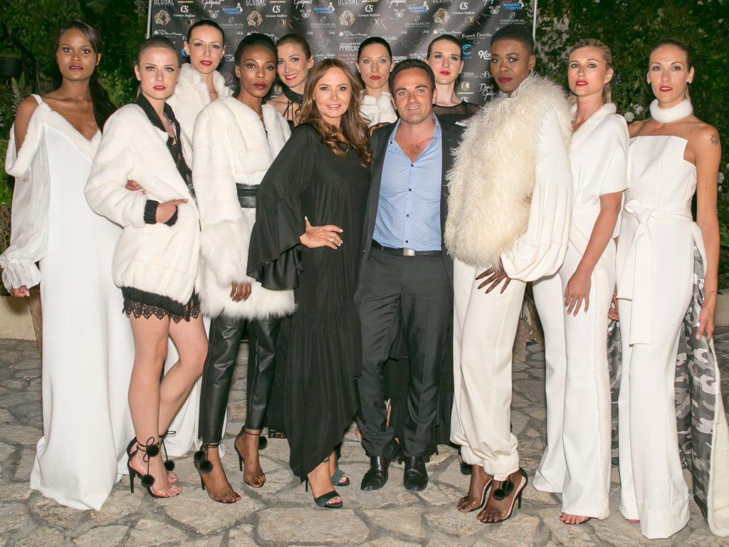 Dorota et Laurent Amar, entourés des mannequins