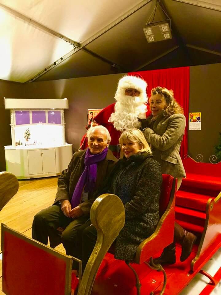 Grâce de Capitani, Ghislaine Arabian, Jean-Claude Meritte et le père Noël.