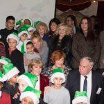 Le Secours populaire a fêté le départ des Pères Noël verts au musée des Arts forains