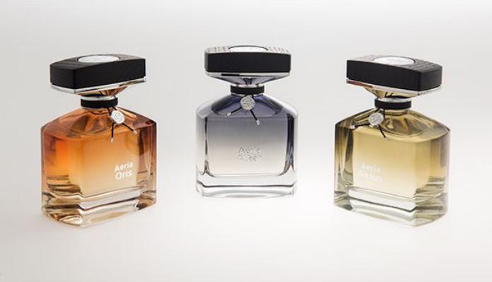 La Cristallerie des parfums » est venue présenter aux célébrités ses trois nouvelles fragrances « Aeria Luxe Boisée Fleurie » : Alkar, Oris, Sirius.