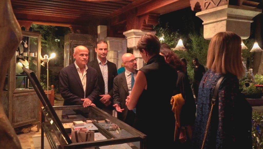 Marco Viani (2e personne en partant de la gauche) accompagné de Messieurs les Ambassadeurs de France et d'Italie