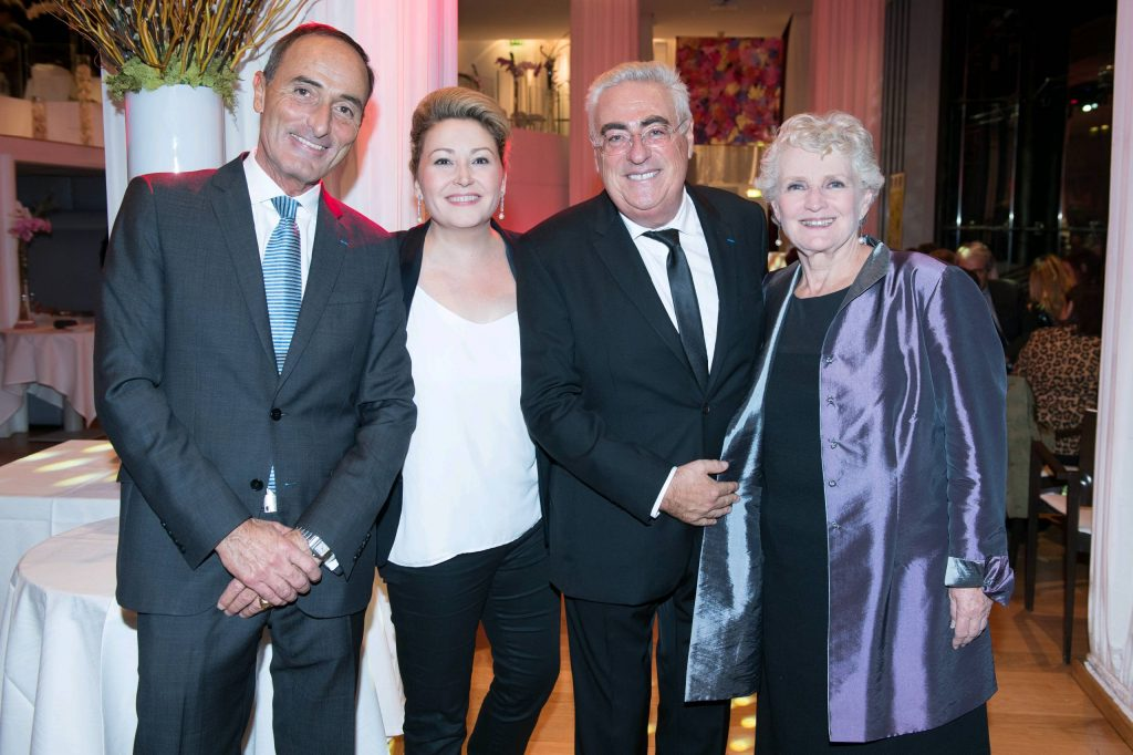 De gauche à droite : Hervé Michel-Dansac, Karine Deshayes, Jean-Michel Aubrun et Marie Christine Barrault