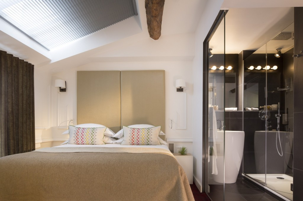 stars media vous pr sente l h tel moli re paris. Black Bedroom Furniture Sets. Home Design Ideas